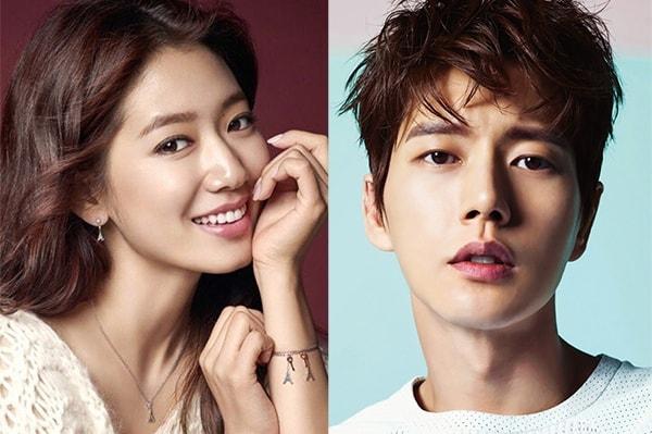 park_shin_hye_and_park_hae_jin.jpg