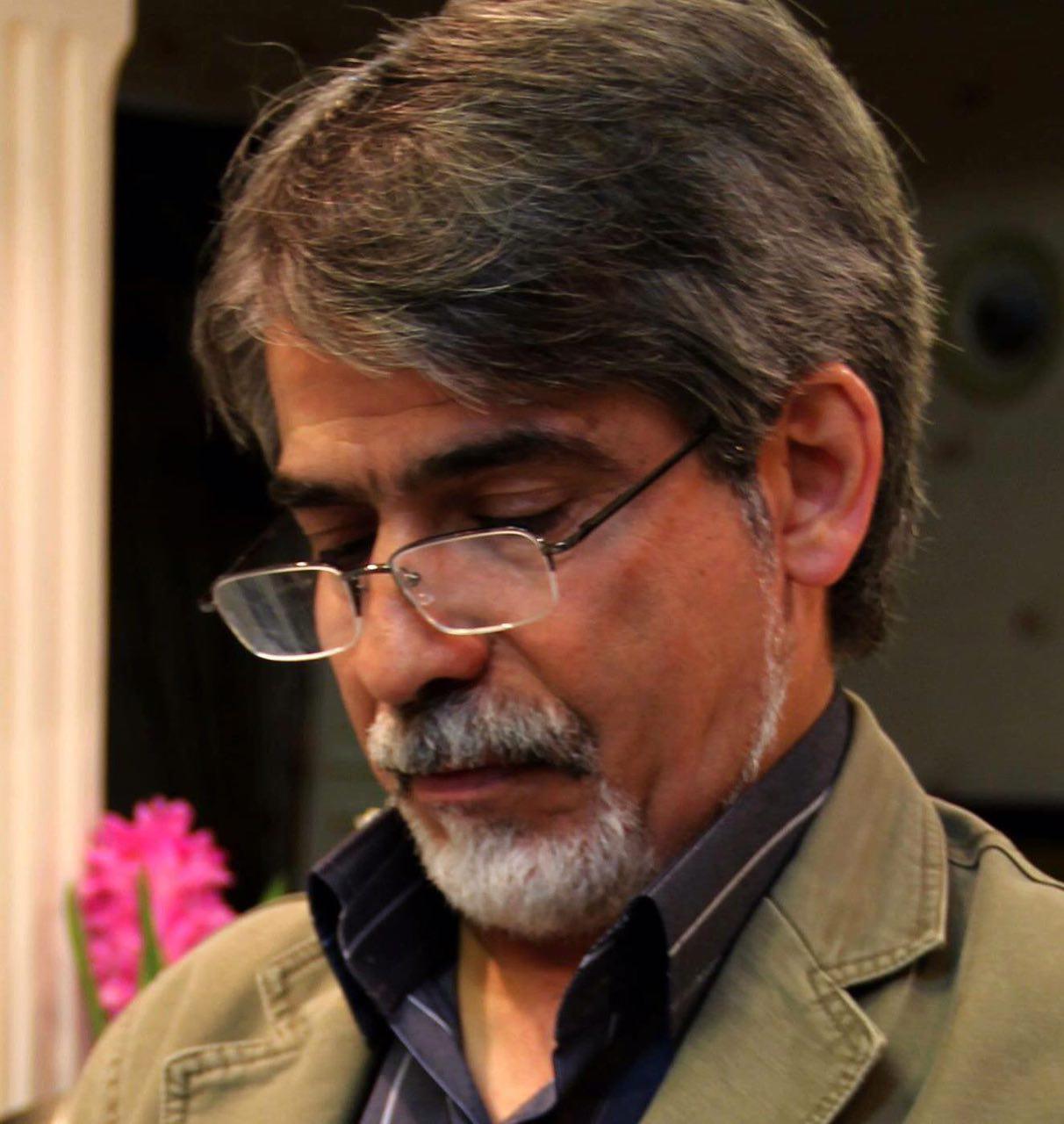 لینک گروه بجنوردی ها دكتر احمد پورنجاتى: من فداى يك نخود صداقت و شجاعت