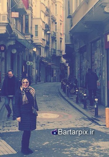 http://s7.picofile.com/file/8236254526/www_bartarpix_ir_lila_otadi_bahman94_2_.jpg
