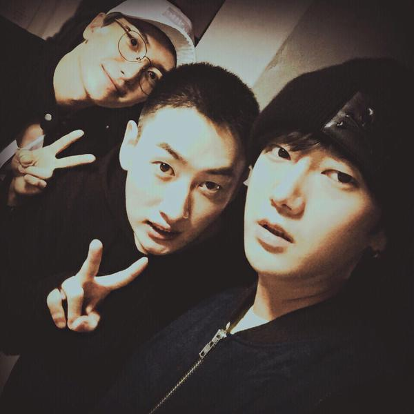 http://s7.picofile.com/file/8236331526/151013_Yesung_Twitter_and_Instagram_Update_2_.jpg