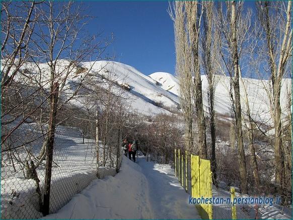 امامزاده شکرآب در زمستان