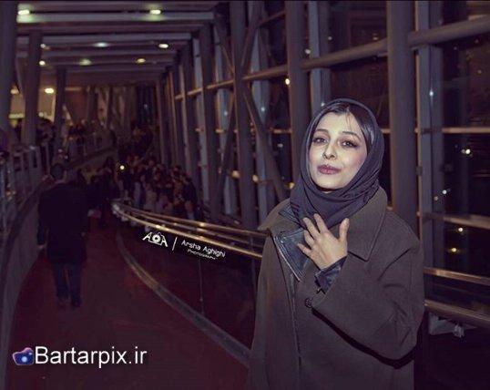 http://s7.picofile.com/file/8236649684/www_bartarpix_ir_jasnvareh_filmfajr94.jpg