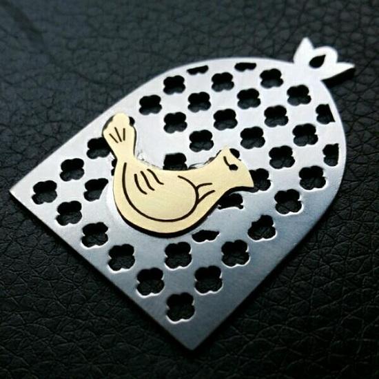 گردنبند استیل و نقره مرغ آمین
