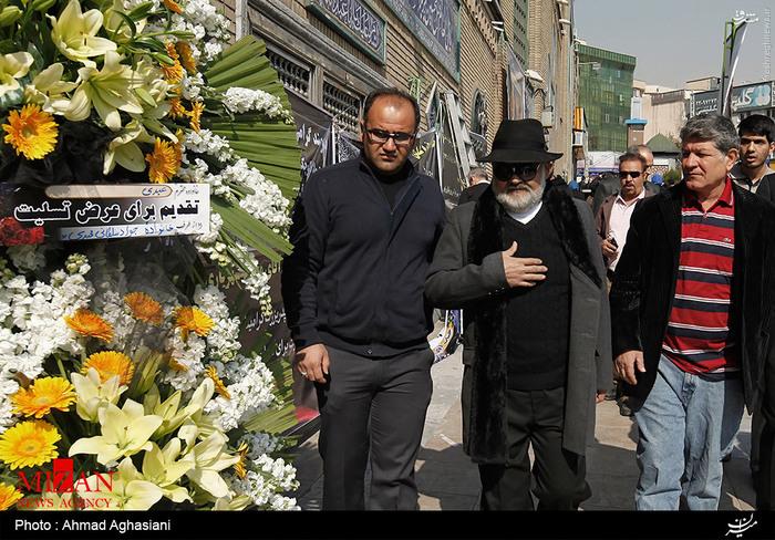 عکس های هنرمندان و بازیگران در مراسم ختم پدر اکبر عبدی