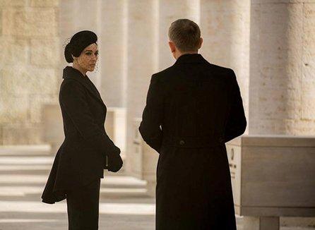 مونیکا بلوچی زن جذاب و فریبنده جیمز باند! عکس , چهره های معروف