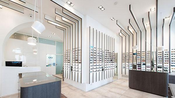 دکوراسیون فروشگاه عینک