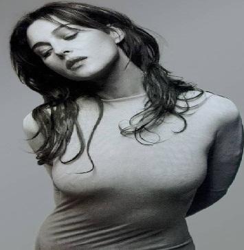 http://s7.picofile.com/file/8240676468/Monica_Bellucci.jpg