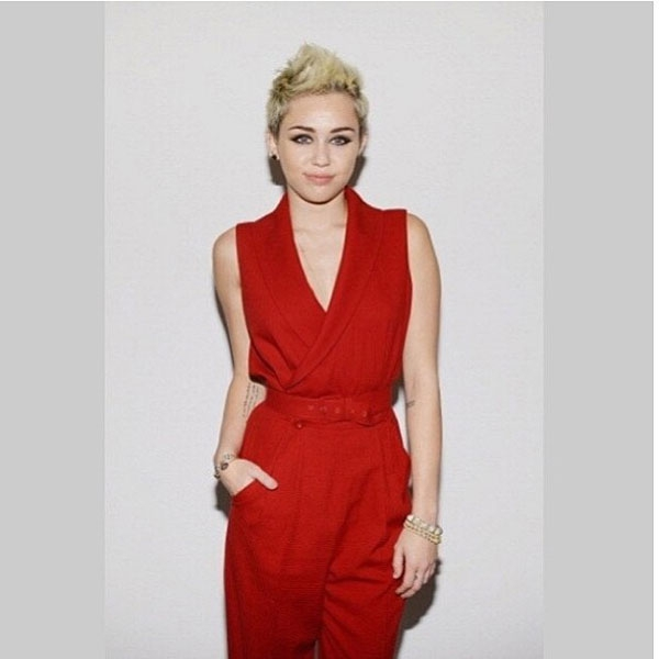 http://s7.picofile.com/file/8240777068/miley_cyrus_pictures_good_universities.jpg