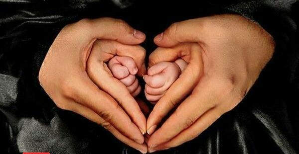 Image result for عکس نوزاد با پدر