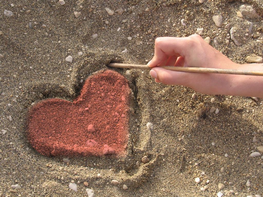باز میپرسمت از مسئله ی دوری و عشق....