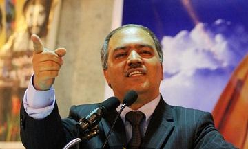با این مارمولک بازیهایی که دولت میکند ما به صلح نخواهیم رسید/احمد بهزاد