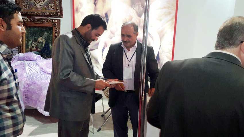 بازدید دکتر محمدیان از غرفه آذرشهر در اولین نمایشگاه توانمندیهای روستاییان با شعار «روستا؛ کانون تولید و ارزشآفرینی» در تهران                                                               @qazijahan