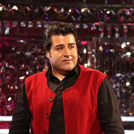 دانلود اجرای مهدی یغمایی در برنامه شب کوک