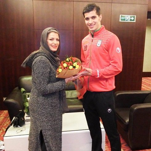 سعید عزت اللهی در کنار مادرش+عکس , اخبار ورزشی