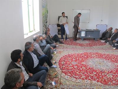 برگزاری کلاس آموزشی شناسایی و مبارزه با سن غلات در روداب