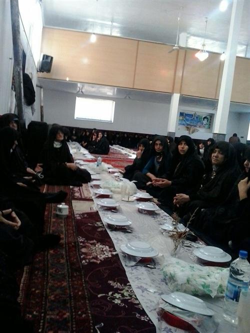 حضور عوامل بنیاد خیریه یاران مهر اوجان بستان آباد در جمع بانوان خیر کردکندی