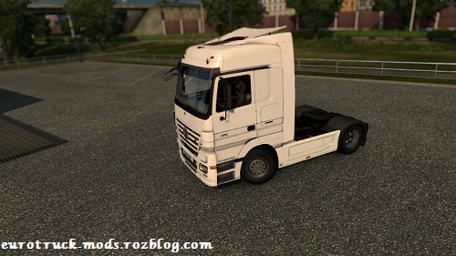 http://s7.picofile.com/file/8246545100/ets2_00007.png
