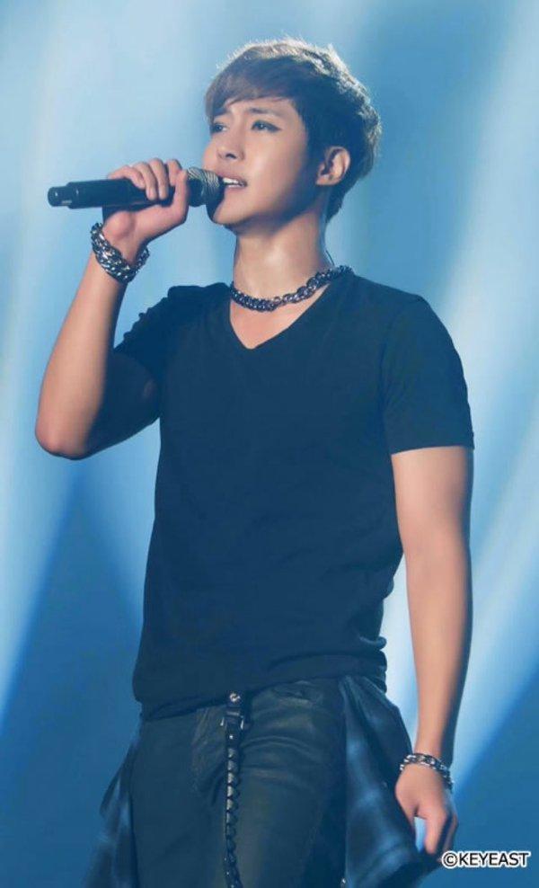 [Photo] Kim Hyun Joong Japan Mobile Site Update [2016.04.01]