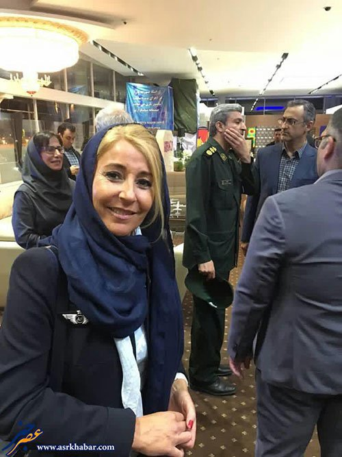 خدمه هواپیماى ایرفرانس در تهران با حجاب , اجتماعی
