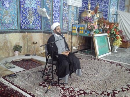 سخنرانی امام جمعه قهدریجان در جمع معتکفین مسجد بزرگ