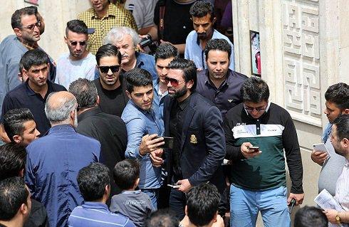زشت ترین صحنه در مراسم ختم مهرداد اولادی + عکس , اخبار ورزشی
