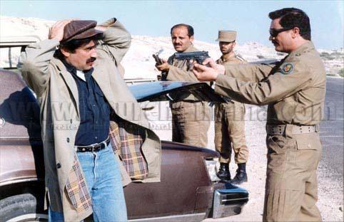 عکس های فیلم سینمائی زخمی 1376