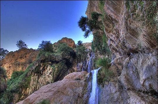 ایرانگردی آبشار نوژیان لرستان