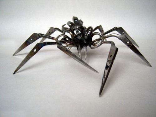 هنرنمایی دیدنی از ساخت عنکبوت با قیچی + عکس , تصاویر دیدنی