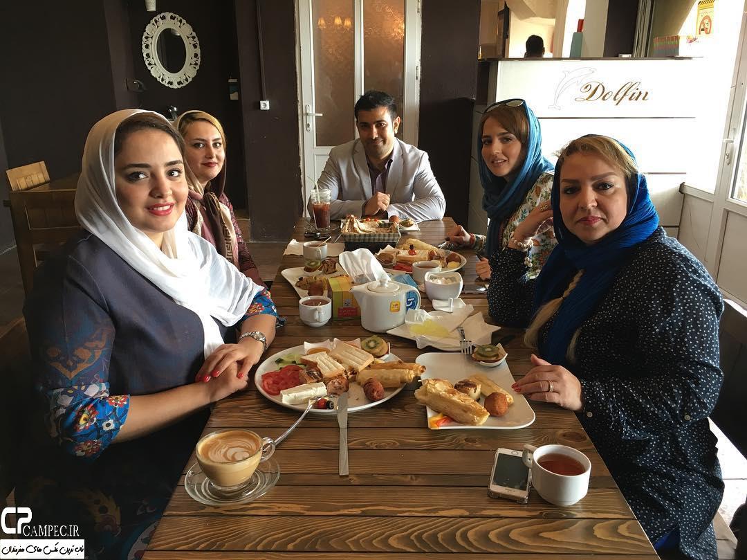 نرگس محمدی با خانواده اش