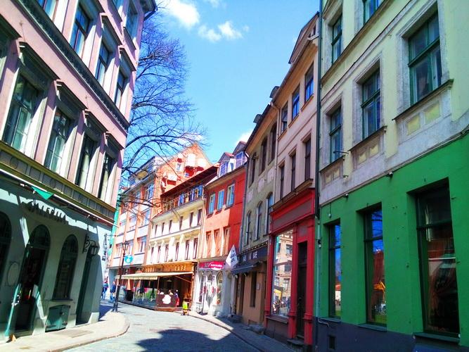 سفرنامه لتونی و لیتوانی