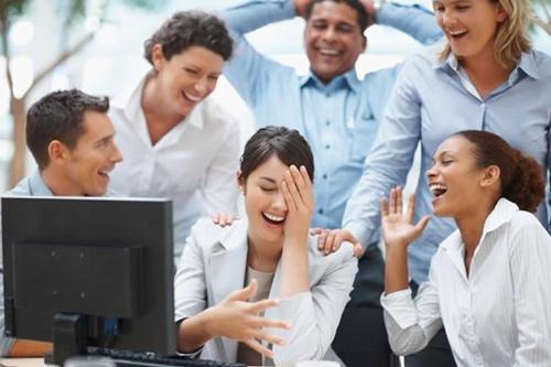 آیا افراد شوخ طبع بهتر کار می کنند؟ , موفقیت
