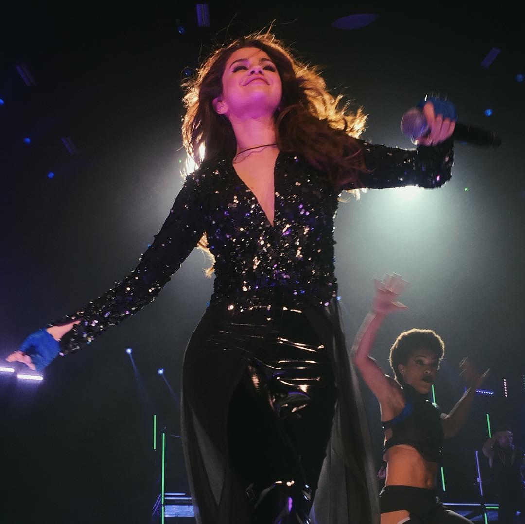 13 می :تصاویر اجرای سلنا گومز در Revival Tour  در سیاتل