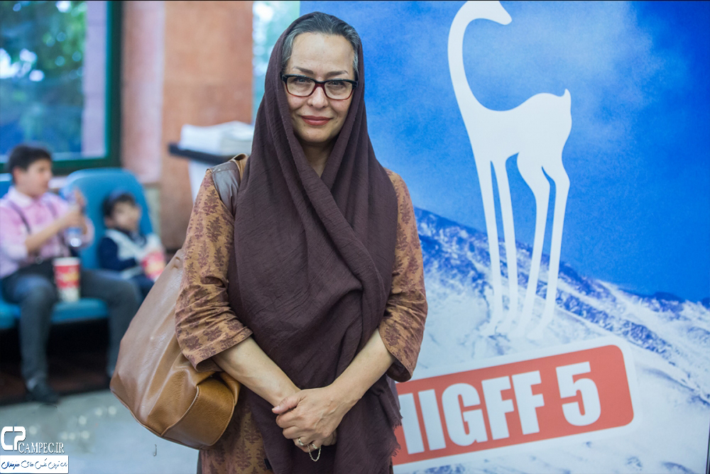 آزیتا حاجیان در اختتامیه جشنواره فیلم سبز
