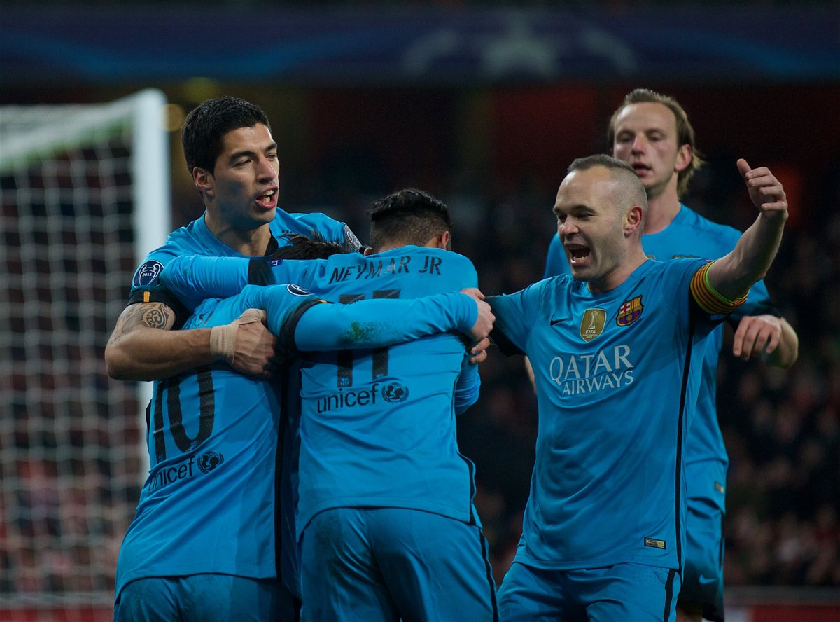 http://s7.picofile.com/file/8252782584/P160223_004_Arsenal_Barcelona.jpg