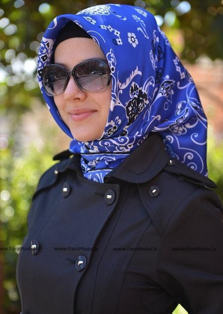 روسری آبی زیبا