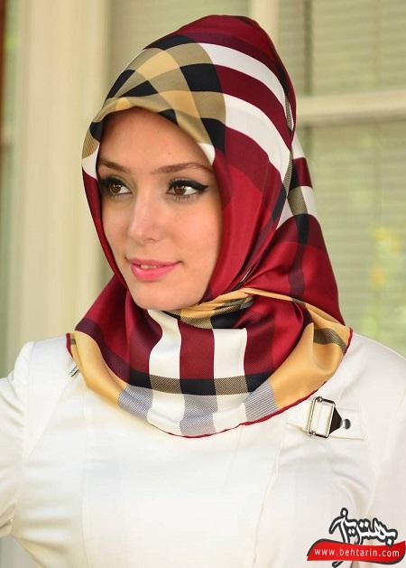 روسری مجلسی قرمزرنگ