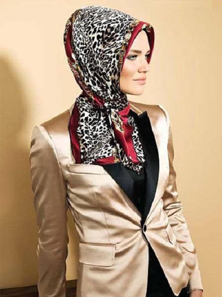 روسری مارکدار شیک زنانه