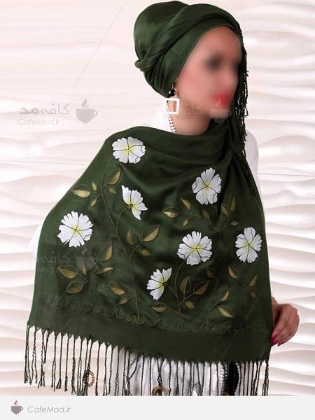 شال و روسری سبز رنگ