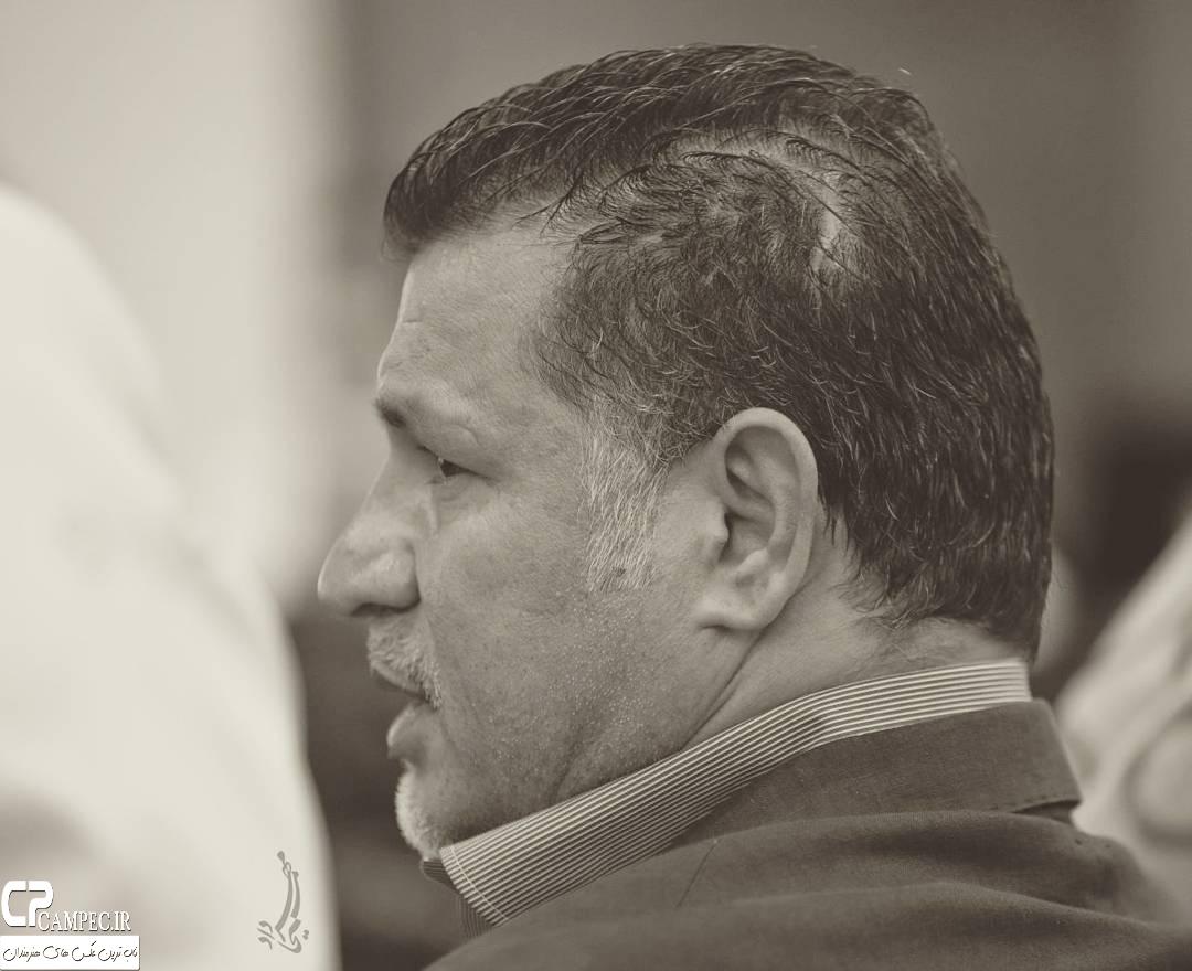 علی دایی در حراج بزرگ آثار هنری در تهران