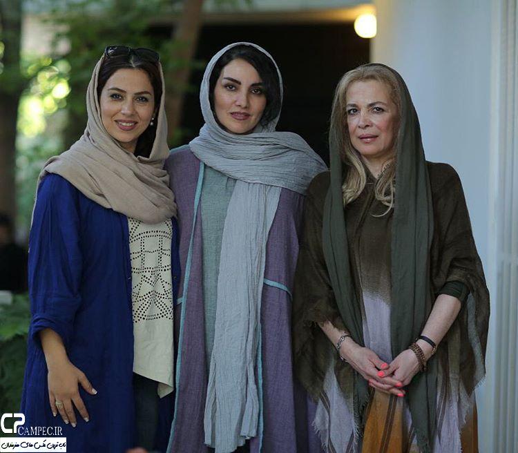 بیتا فرهی مرجان شیر محمدی و تینا پاکروان در نمایشگاه زن و زمین