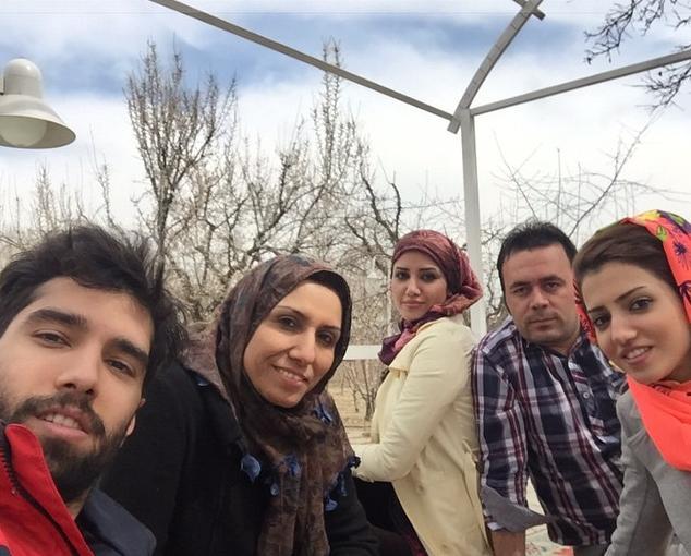 عکس سید محمد موسوی با خانواده اش