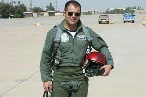 عکس دیده نشده از شهید ناظریان خلبان جنگنده میگ 29 , سیاسی