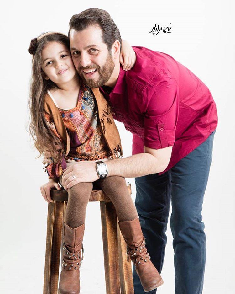 عکس امیر رضا دلاوری با دخترش