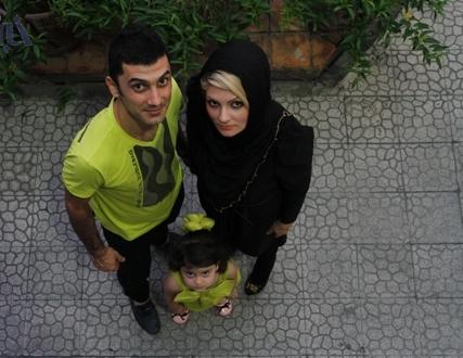 عکس فرهاد ظریف و همسر و فرزندش