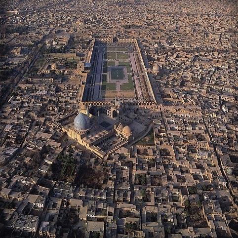 عکس میدان امام اصفهان از بالا