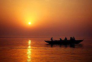 کدام رود برای هندویان تقدس دارد؟