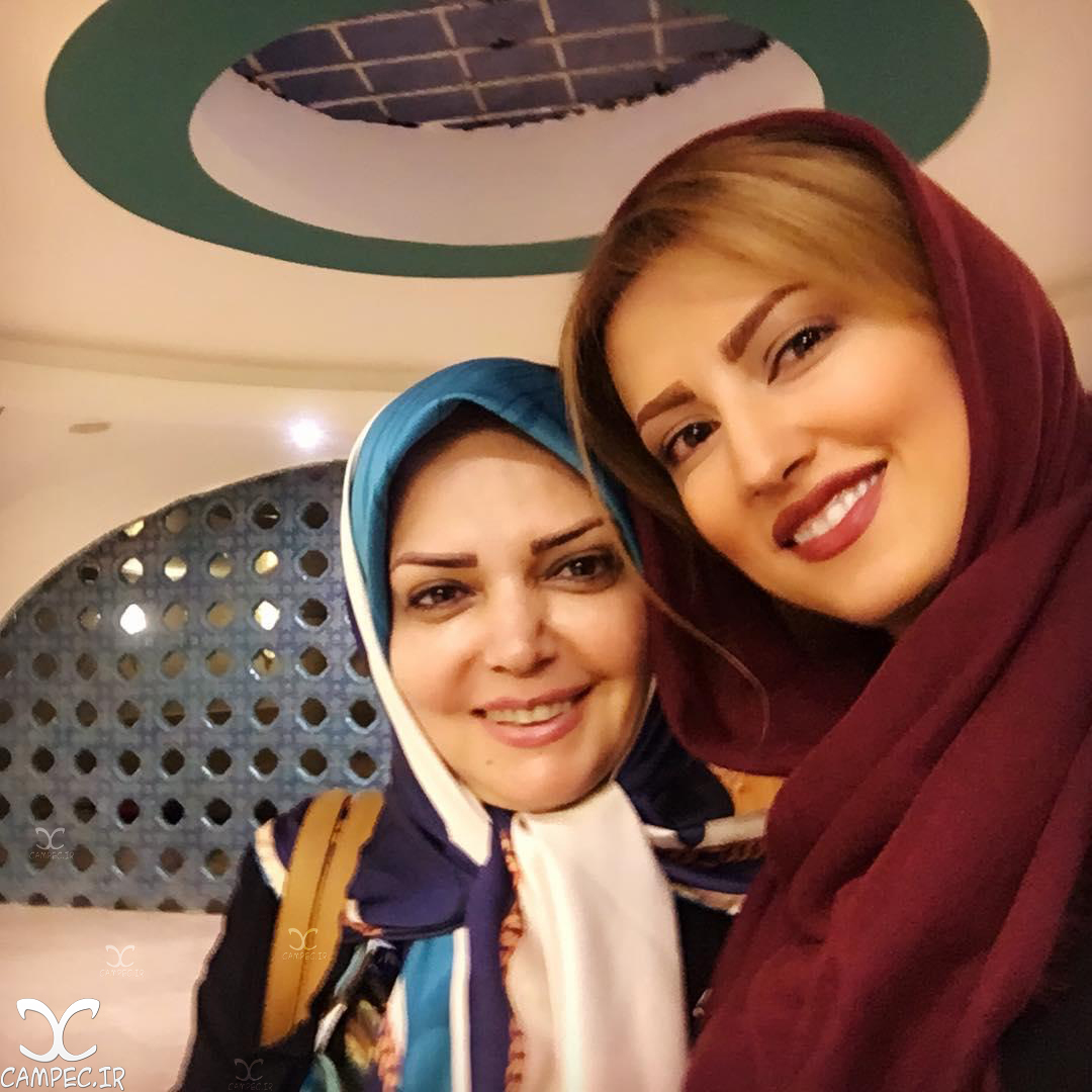 سمیرا حسینی و الهه رضایی در مراسم تقدیر از ملی پوشان والیبال