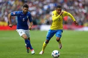 پیروزی لحظه آخر تیم ایتالیا مقابل سوئد , فوتبال اروپا