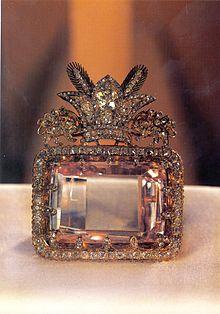 الماس دریای نور را نادر شاه افشار از کدام سرزمین غنیمت گرفت؟