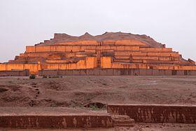 کدام بنای تاریخی ایران نخستین بار به ثبت جهانی یونسکو رسیده است؟